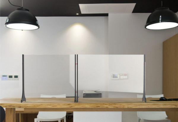 Divisorio da tavolo in plexiglass